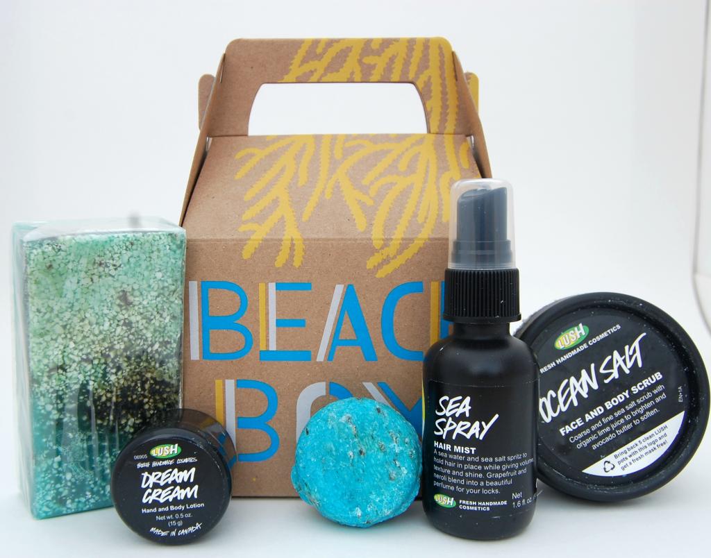 Lush Beach Box (1)