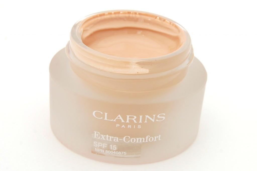Clarins Extra Comfort Foundation  (4)