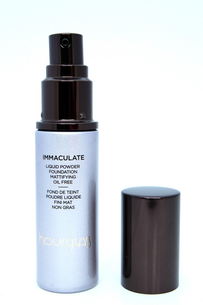 Hourglass Immaculate Liquid Powder Foundation  (2)