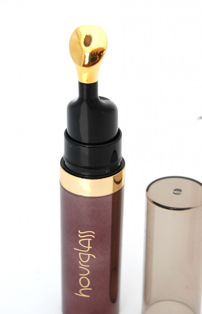Hourglass No. 28 Lip Treatment Oil  (1)