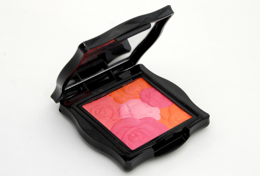 Anna Sui Rose Cheek Color  (2)