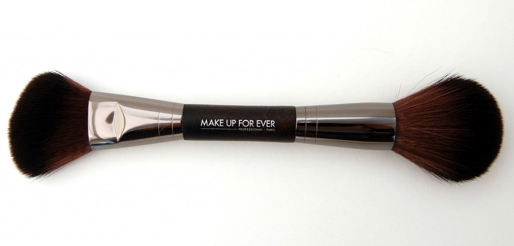 Make Up For Ever Artisan Brush  (1)