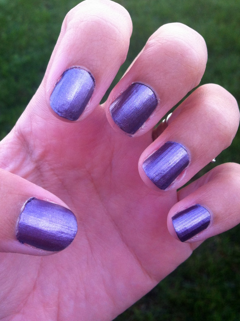 Estée Lauder Pure Color Nail Lacquer in Chrome Violet