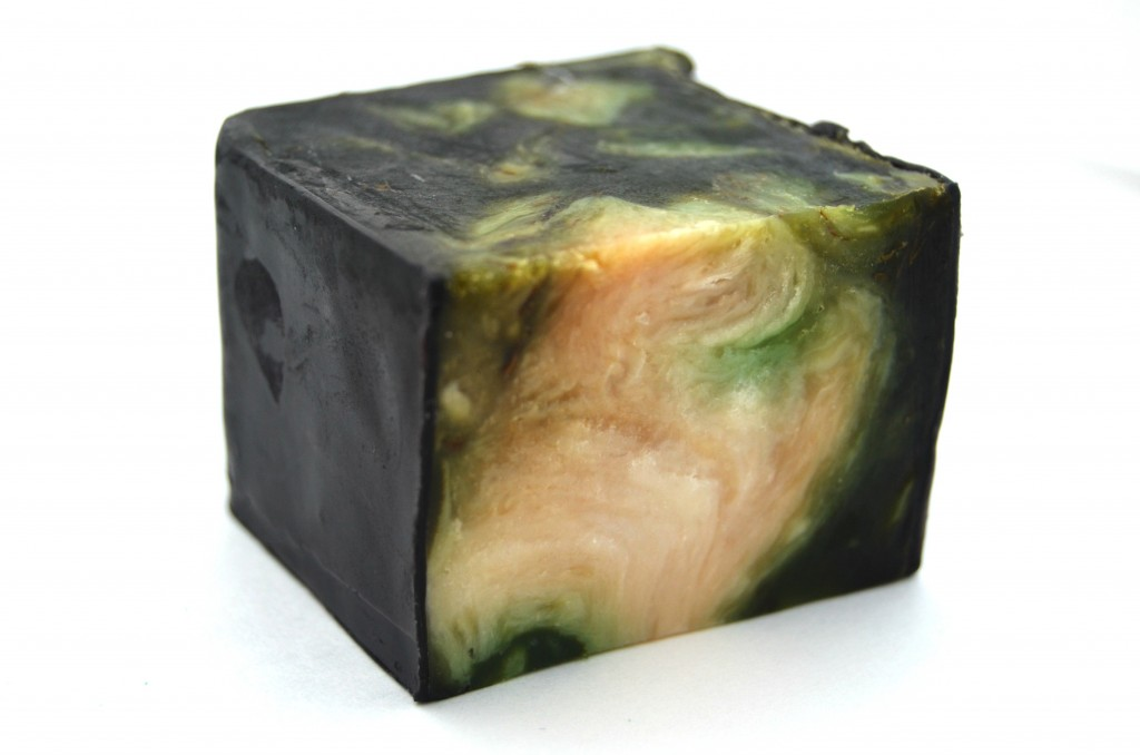 LUSH Demon in the Dark Soap  (2)