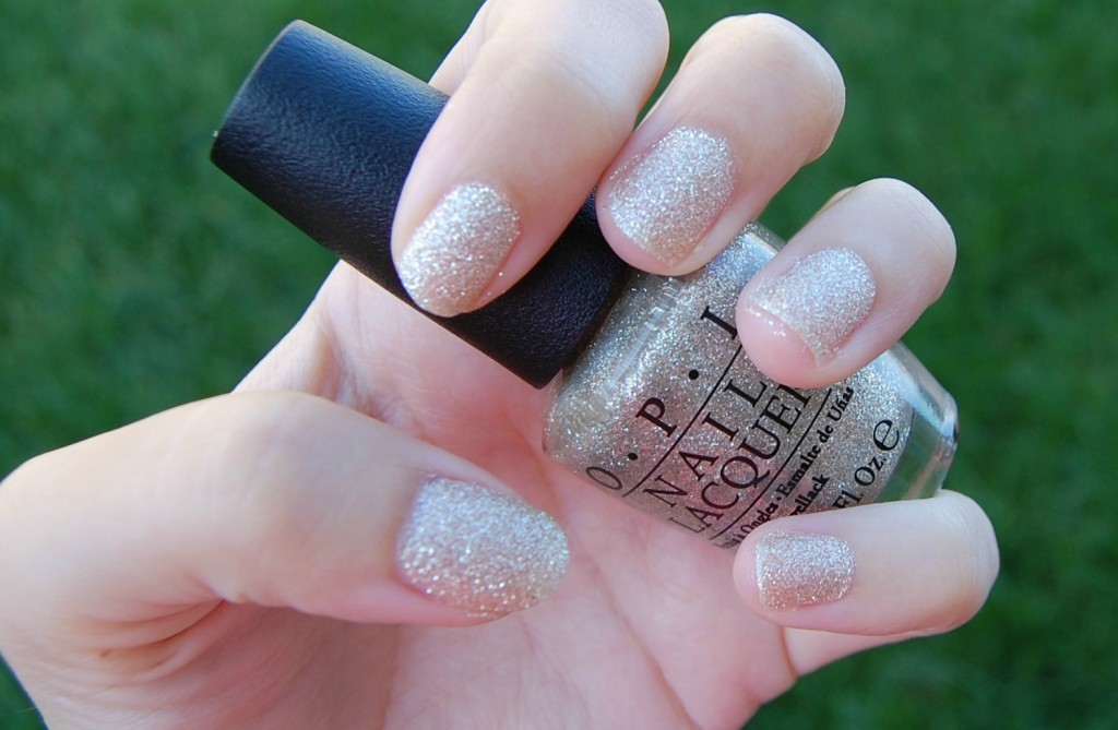 OPI My Favorite Ornament (1)