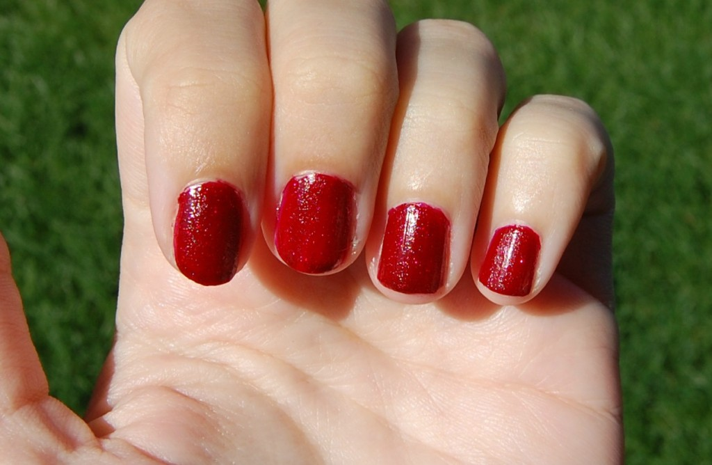 OPI Underneath the Mistletoe (4)