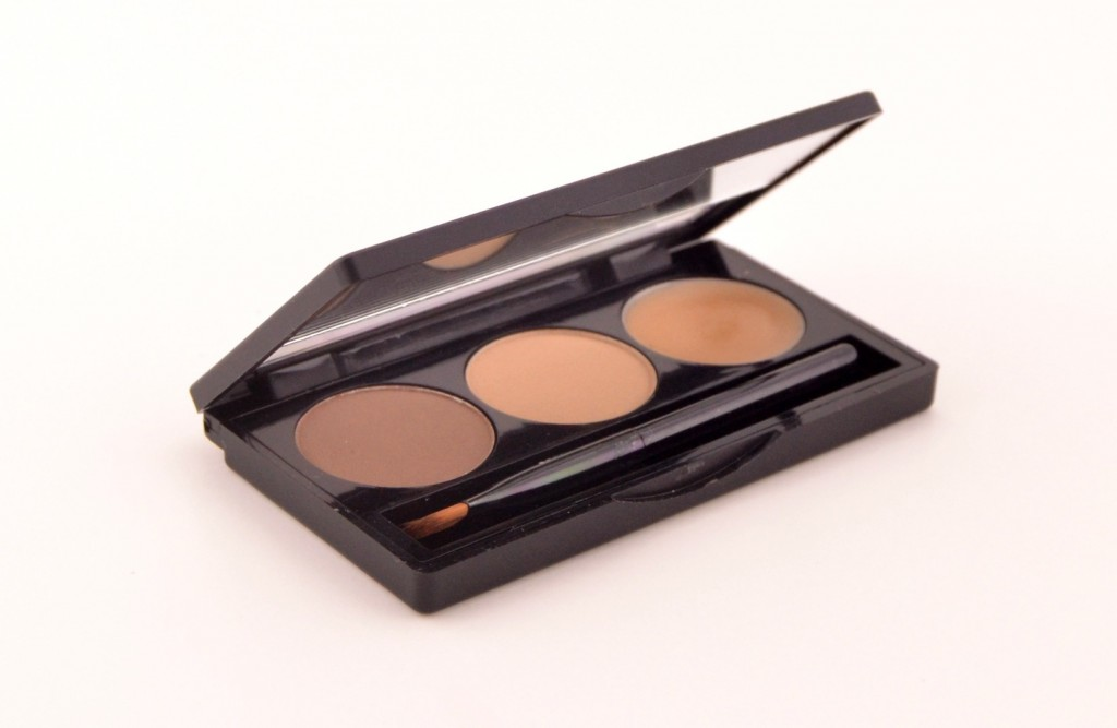 Brow Bar To Go by Whitening Lightning (1)