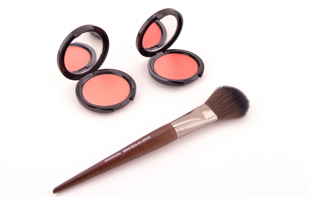 Make Up For Ever HB Blush  (1)