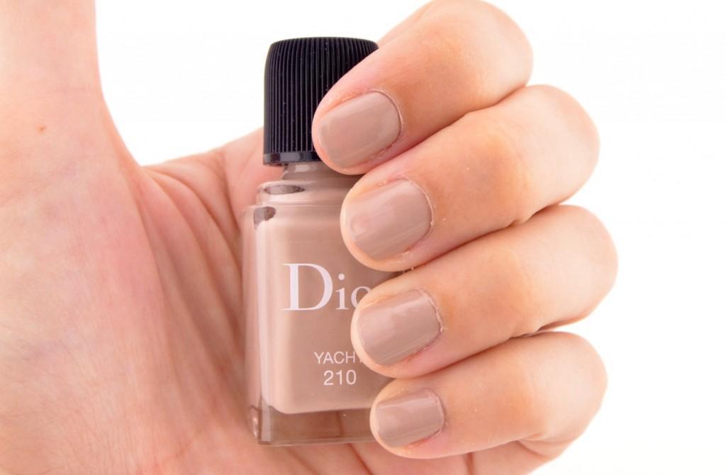 Dior Manicure Transat in in Yacht  (1)