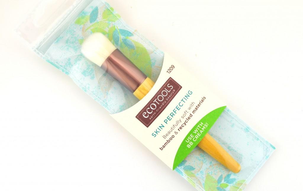 EcoTools Skin Perfecting Brush (1)
