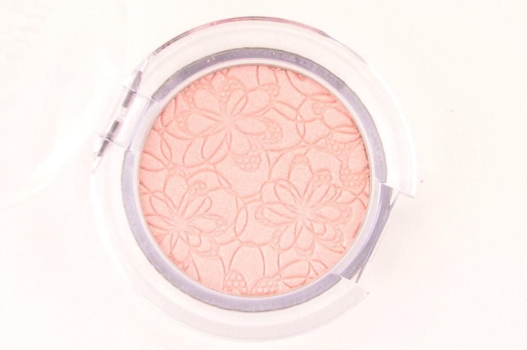 Essence Bloom Me Up!  (8)