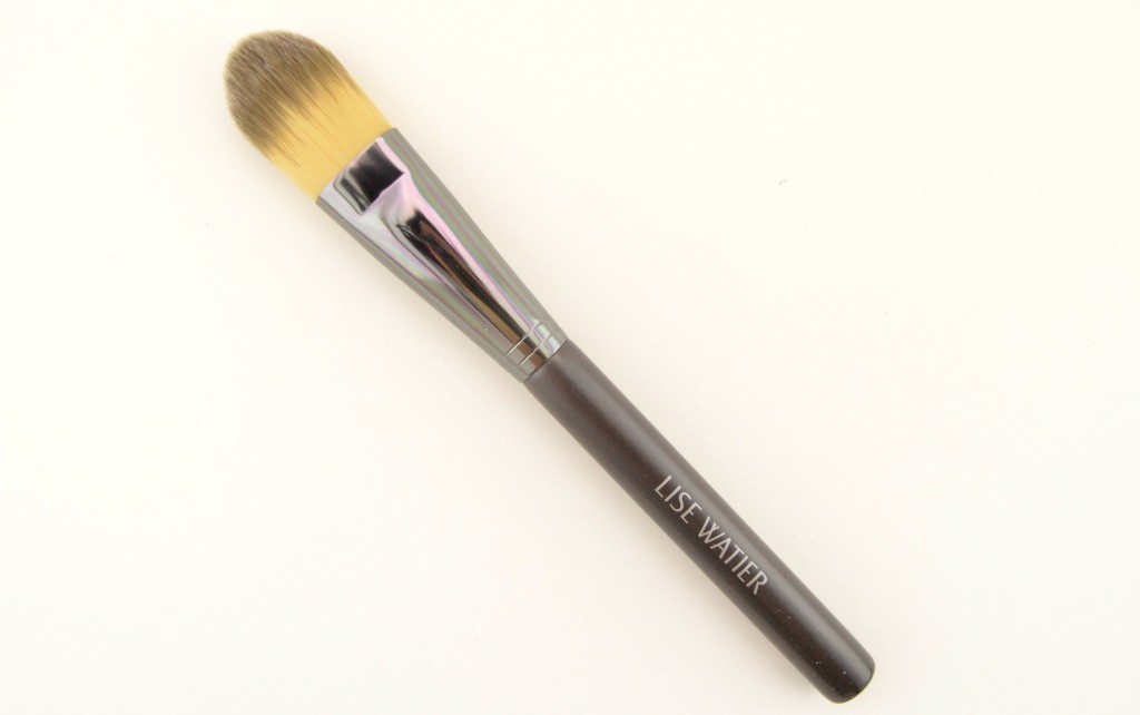 Lise Watier Foundation Brush, Lise Watier, Foundation, Blush, Beauty, Blogger, Blog, Canadian