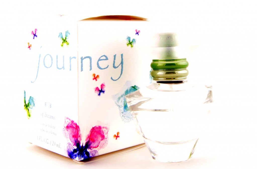 Glass Bottle, Perfume Review, Gifts that give back, Cancer, end violence