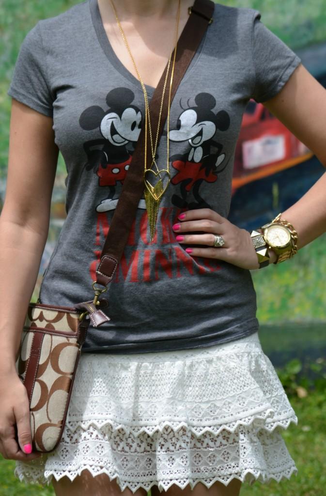 coach purse, handbag, cross-body bag, minnie, heart necklace, tee, summer style