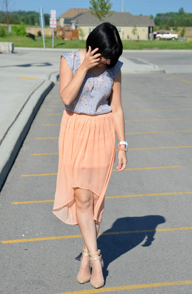Peach, How to wear a high-low skirt, high-low, high low, flowy skirt