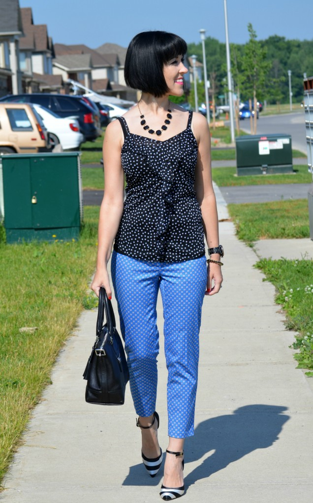 Canadian Fashion Blogger, Fashionista, stilettos, smart set, necklace, walmart, coach purse