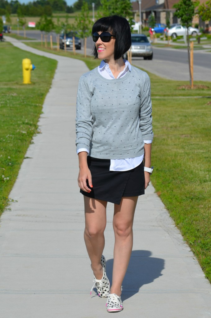 Smart Set Skort, Smart Set, Skort, White Blouse, Blouse, Grey Sweater, Sneakers, White sneakers, casual shoes