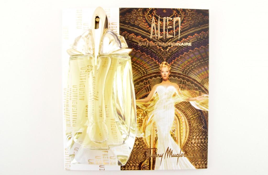 Alien Liquer De Parfum, Alien Perfume, sexy scent, alluring perfume, beauty blogger, canadian blog