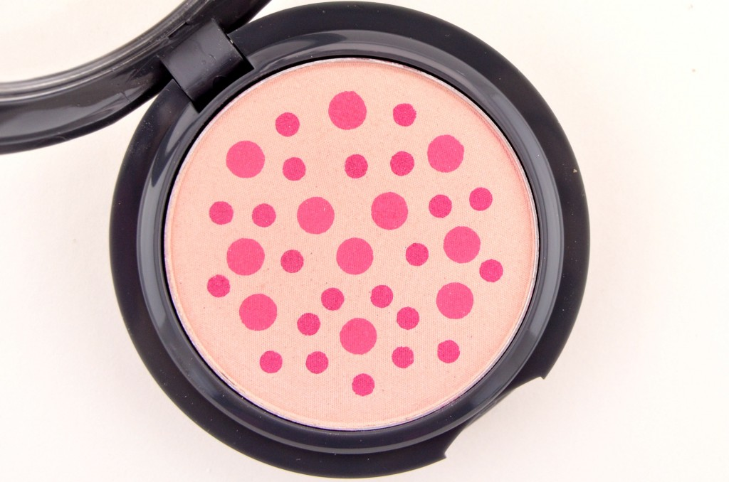 Almay Smart Shade, Powder Blush, Pink, Canadian Beauty Bloggers, Canadian Beauty Blog, summer looks, makeup, cosmetics