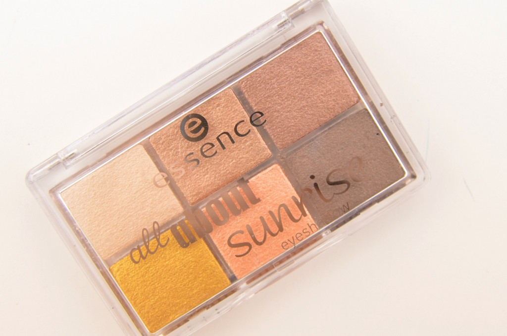 Essence All About…. Eyeshadow Palette  (4)