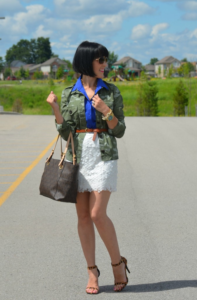 camouflage jacket, camo jacket, green coat, smart set, the gap jacket, michael kors watch, blue blouse, high heels
