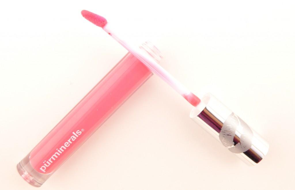 Pür Minerals, Chateau Kisses, Plumping Lip Gloss, lip gloss, pink lipstick, Makeup Blog, How to apply, makeup trends, crimes of beauty, beauty blog, blog