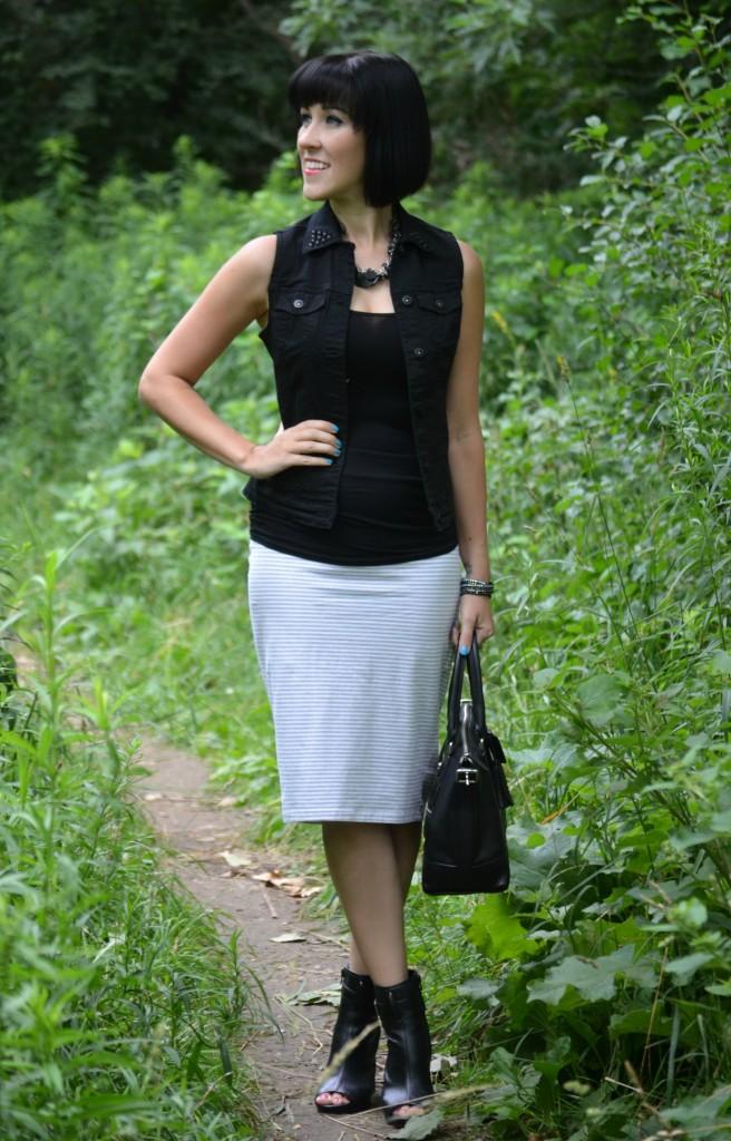 striped bodycon midi skirt, midi skirt, bodycon, form-fitting, figure-hugging, lumps and bumps