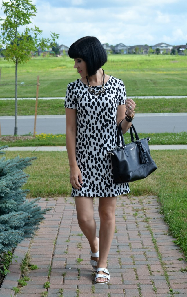 H&M dress, polka dot dress, how to wear polka dots, seeing spots, black and white, statement necklace, coach purse, white sandals