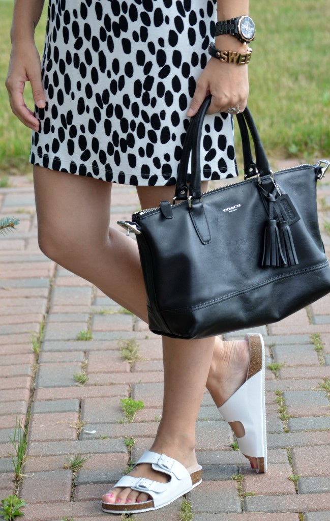Canadian Fashionista, Dress Code, Canadian Fashion Bloggers, Canadian Fashion Blog, Canadian Fashion Blogger, Fashionista, Fashion, Style, what not to wear, guess watch, black watch