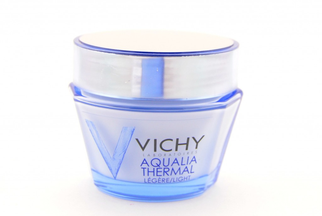 Vichy Aqualia Thermal, Canadian Beauty Blogs, The Pink Millennial, Ontario Blog, Makeup code, business casual for women