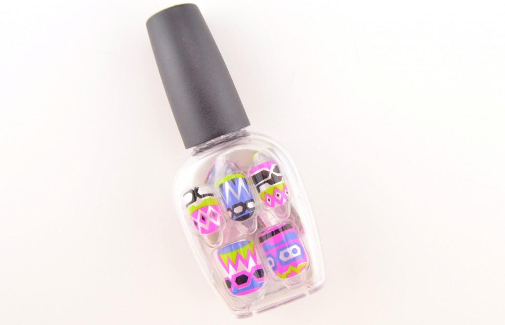 Press- on nails, nails at home, salon quality, nails in minutes, broadway nails