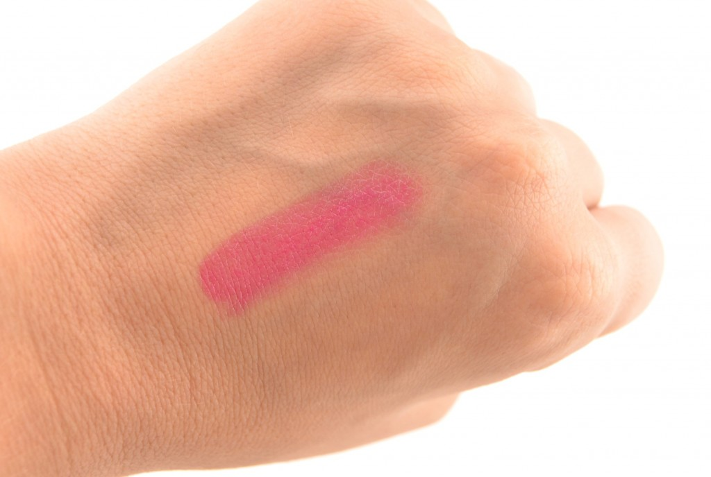 Clinique, Pink with a Purpose, Long Last Lipstick, Power With Pink, pink lipstick, lipstick swatch, beauty reviews, lipstick review, beauty blog