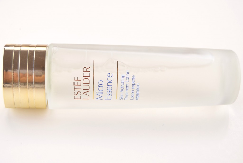 Estée Lauder, Micro Essence, Skin Activating Treatment, Canadian Beauty Bloggers, Canadian Beauty Blog, Canadian Beauty Blogger, Fashionista, look of the day, skin care, health, skincare, FOTD
