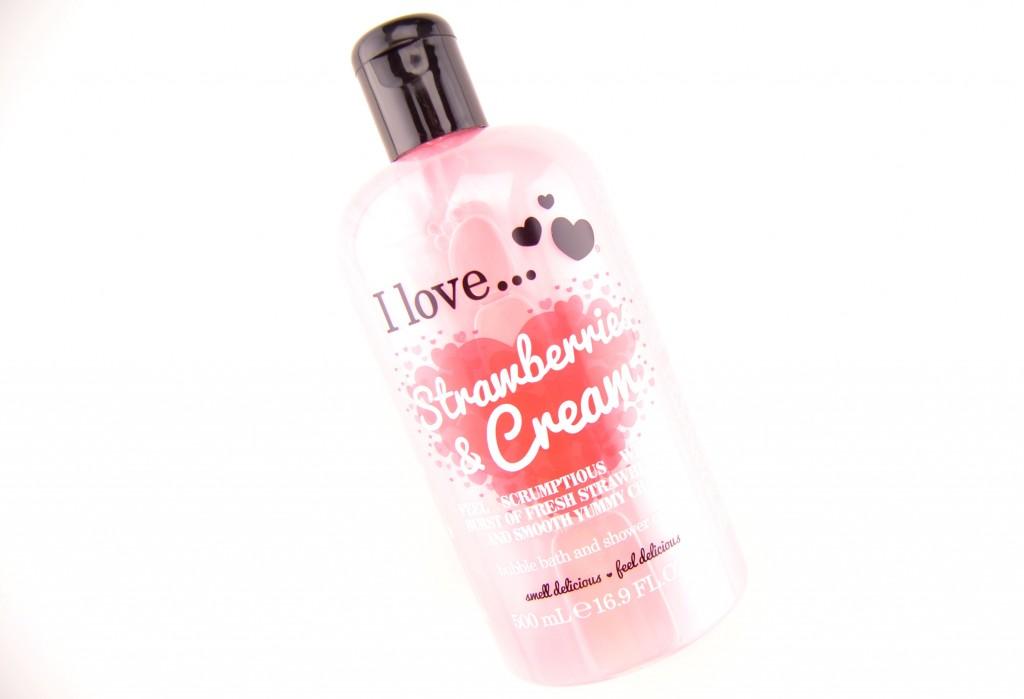 I Love...Cosmetics Ltd Review, shower gel, strawberry shower gel, soap & glory, pink gel, yummy scent, strawberry & cream, beauty blogger, canadian fashionista
