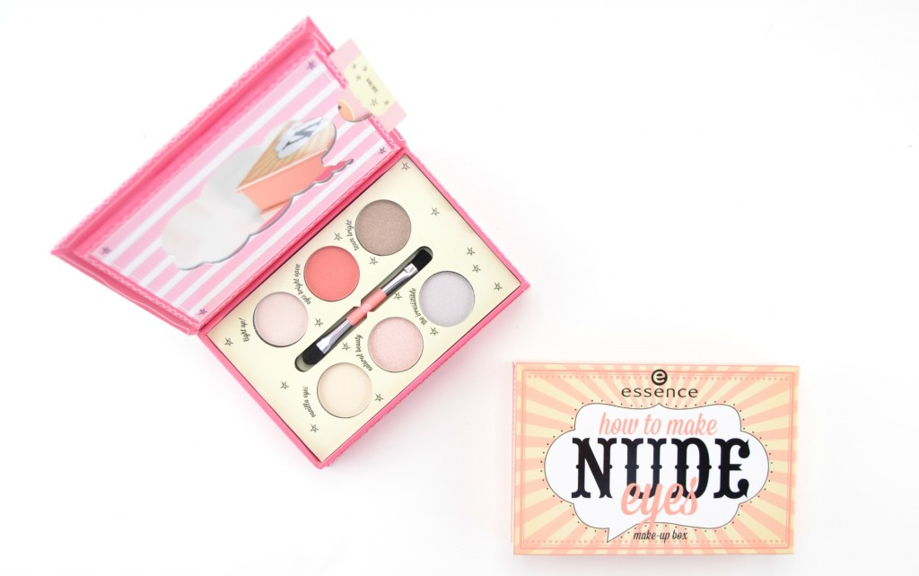 Essence Make-Up Box (1)