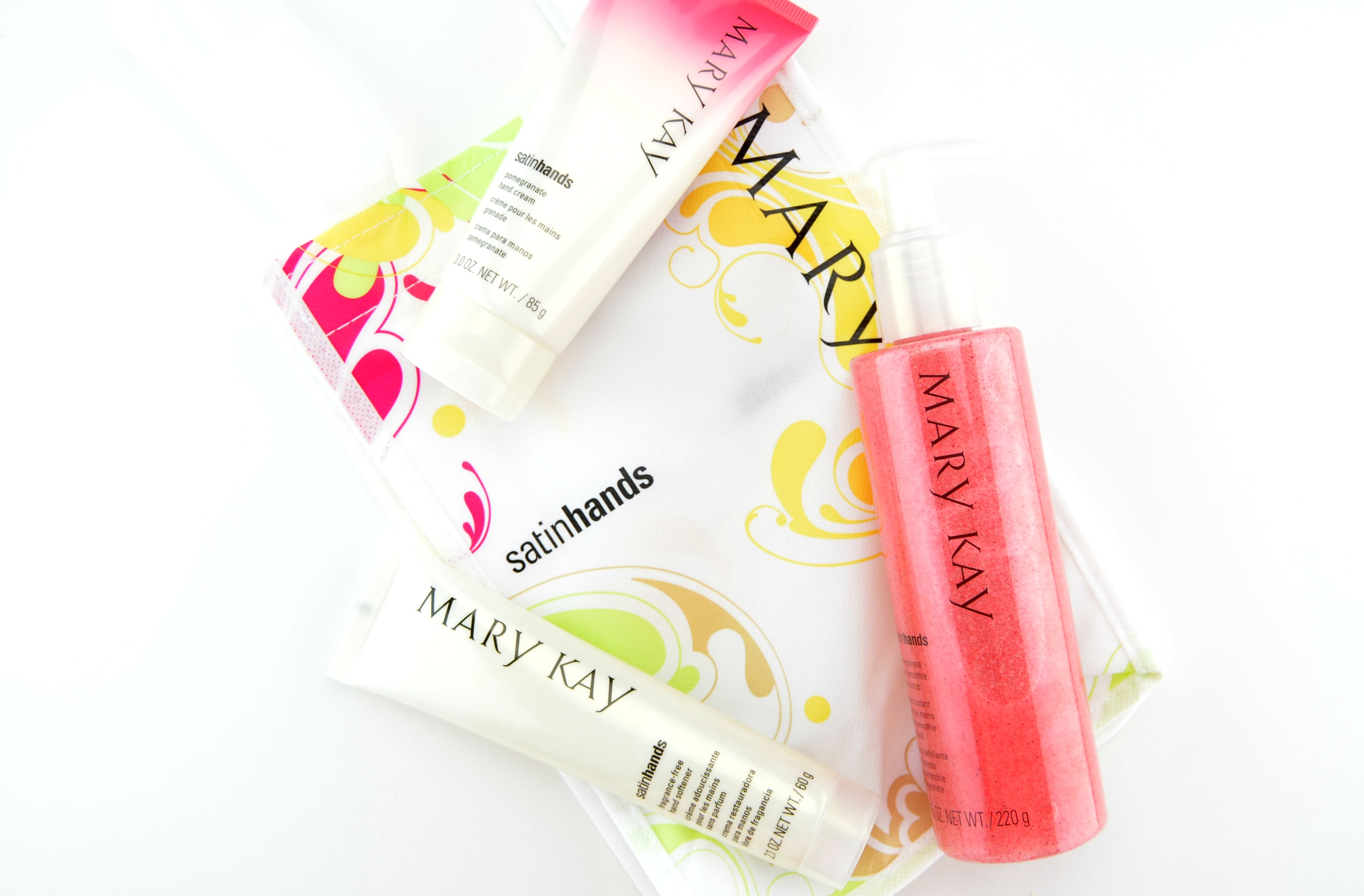 Mary Kay Pomegranate Satin Hands Pampering Set Review