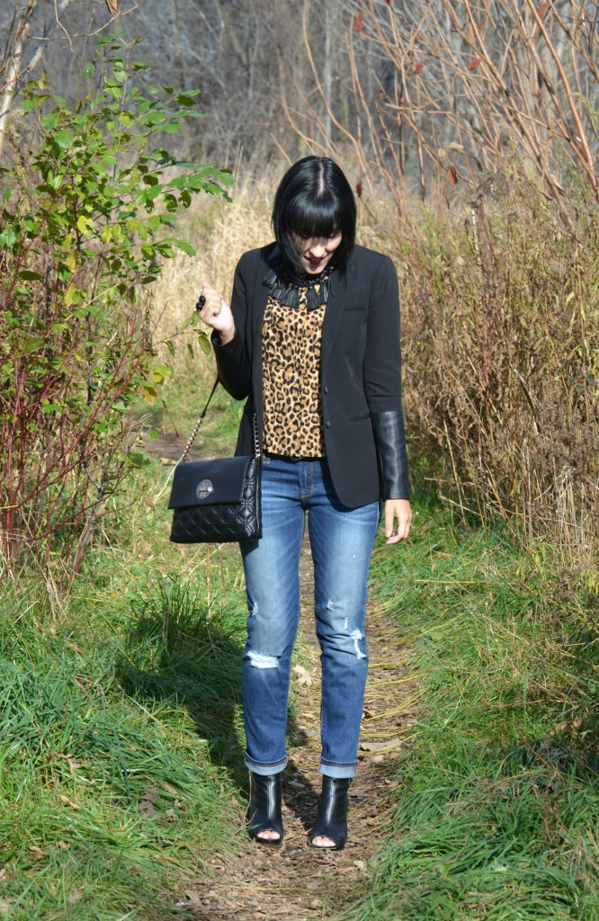 &M Animal Print Blouse, H&M blouse, cocoa jewelry Necklace,  statement Ring, Cocoa Jewelry ring, black Blazer, Smart Set blazer, black handbag, Kate Spade purse