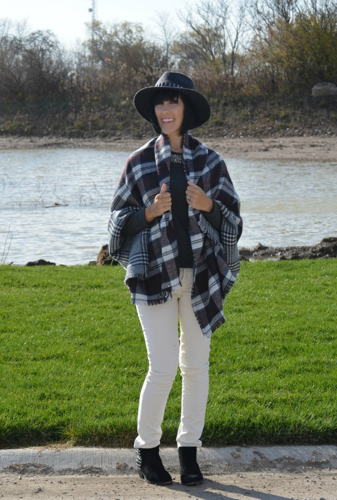 blanket scarf, Blogger, Fashion Crimes, Spring Fashion, Latest Fashion Trends, Fashion Tips, Toronto Blog, What I Wore, Crimes of Fashion, Summer Outfits