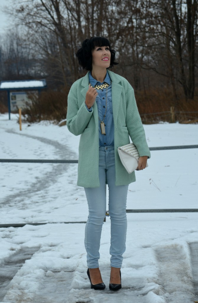 What I Wore, Denim Shirt, Smart Set, gold Necklaces, Cocoa Jewelry, Aldo Clutch, Winter Mint Coat, Sheinsider, Skinny Jeans, Black Pumps,  Aldo shoes