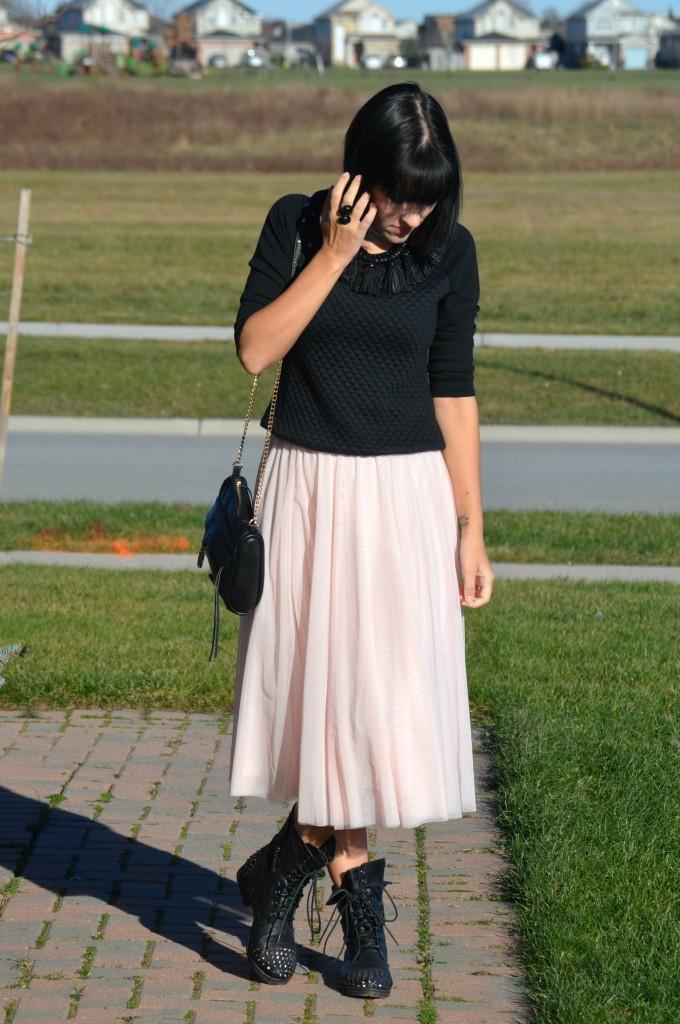 Badass, Ballerina, pink tulle skirt, smart set skirt, pretty in pink, rocker chic, rocker, black combat boots