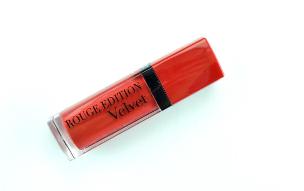 Bourjois Rouge Edition Velvet, bourjois lipstick, red lipstick, Makeup Blog, Canadian Beauty Blogs, The Pink Millennial, Ontario Blog, Makeup code, business casual for women, winter makeup looks, makeup looks, cosmetics