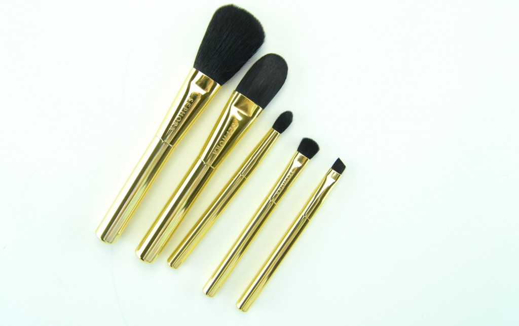 Sephora Collection Gold Star Skinny Brush Set, powder brush, foundation brush, crease brush, shadow brush, liner brush, metallic gold clutch, makeup brushes