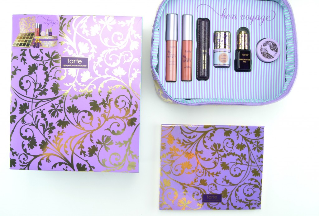 Tarte Bon Voyage Collector's Set And Travel Bag  (1)
