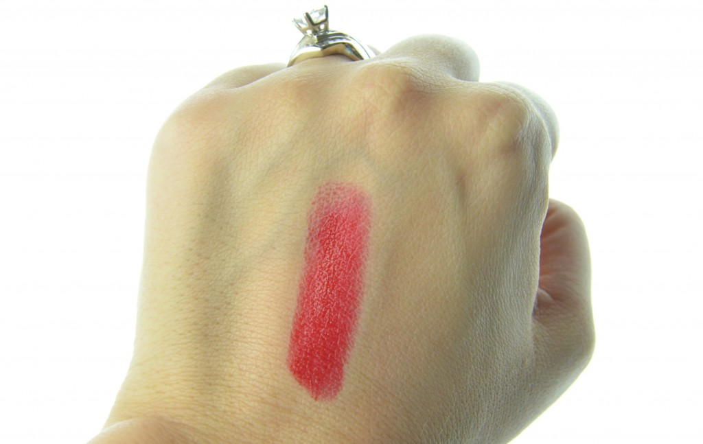 Arbonne Lipstick in Strawberry, Arbonne Lipstick, Strawberry lipstick, red lipstick, red lippie, valentines day lipstick