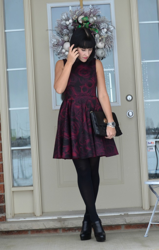ElleXRWCo dress, Blogger, Fashion Crimes, fall Fashion, Latest Fashion Trends, Fashion Tips, Toronto Blog, What I Wore, Crimes of Fashion, Winter Outfits