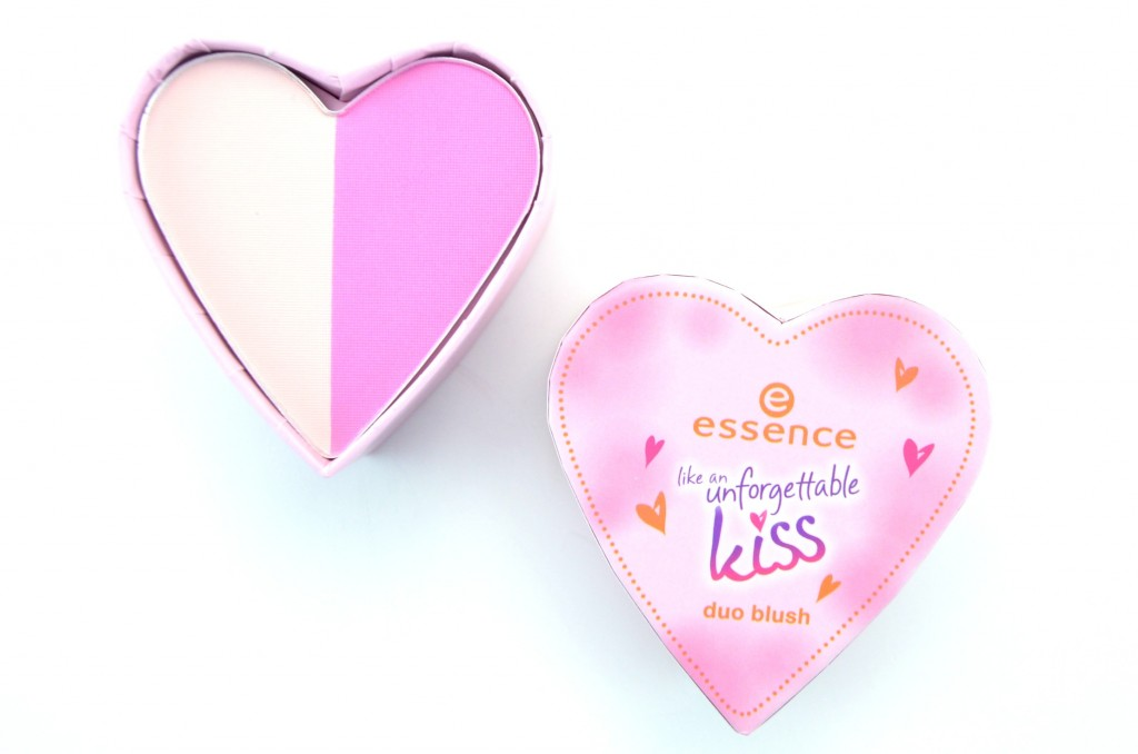 Essence cosmetics, Like An Unforgettable Kiss Collection, Essence Like An Unforgettable Kiss Blush Duo, blush duo, essence pink blush, highlighter, beauty blogger