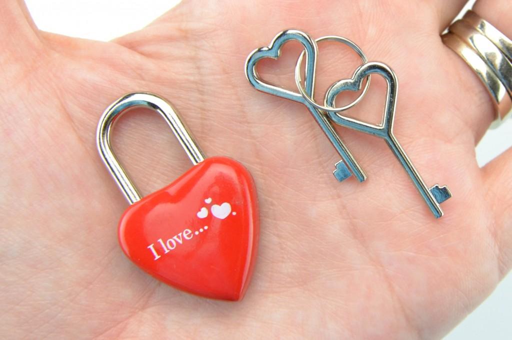 I Love key locket, key locket, i love key