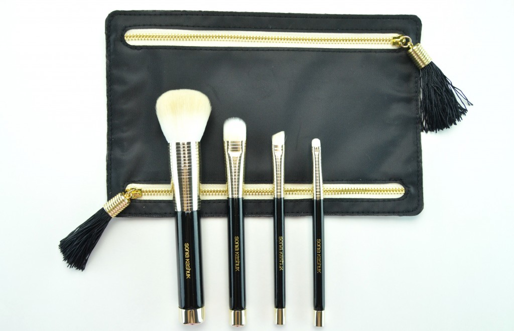 Sonia Kashuk, Golden Age Four-Piece Brush Set, black Clutch, Canadian Beauty Bloggers, Canadian Beauty Blog, Canadian Beauty Blogger, Fashionista, look of the day, skin care routine, health care, skincare, FOTD