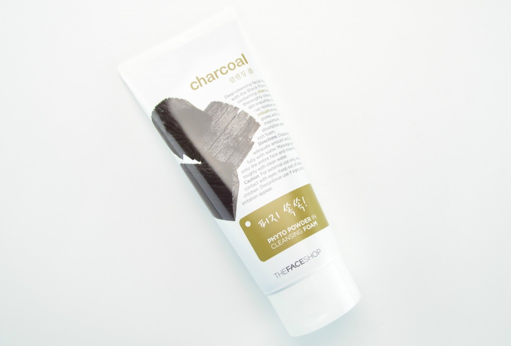The Face Shop Charcoal Phyto Powder in Cleansing Foam, charcoal cleanser, foam cleanser, face wash, charcoal faical wash
