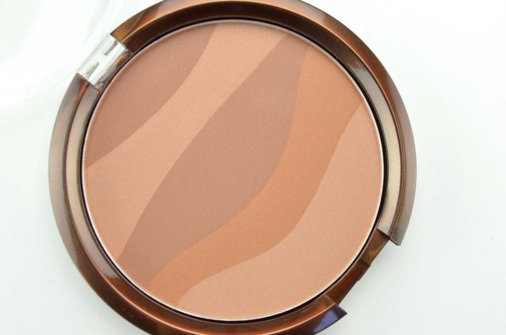 canadian beauty bloggers, Annabelle Zebra Bronzing Pressed Powder Biggy Bronzer, matte bronzer, annabelle bronzer, biggy bronzer, matte